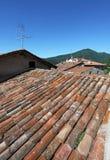 Dessus de toit de terre cuite Photo stock