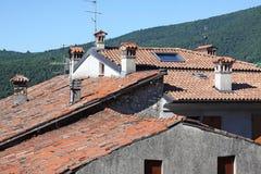 Dessus de toit de terre cuite Image libre de droits