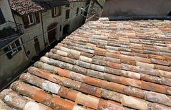 Dessus de toit de terre cuite Photo libre de droits