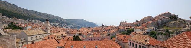 Dessus de toit de ville de Dubrovnik Photographie stock libre de droits