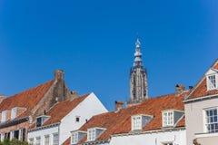 Dessus de toit et tour d'église à Amersfoort Photo stock