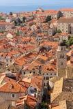 Dessus de toit et tour de cloche dubrovnik Croatie Images stock