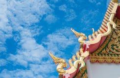 Dessus de toit Wat Images stock