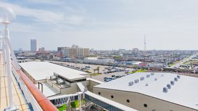 Dessus des bâtiments au port de croisière photo libre de droits