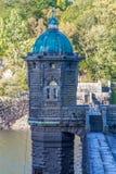 Dessus du barrage de Penygarreg, couleurs de soirée d'automne de chute Images stock