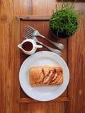 Dessus-vue de pain de petit déjeuner Photographie stock libre de droits