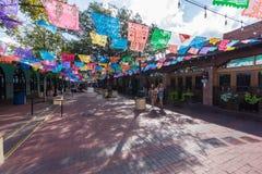 Destinati mexicano del turista del centro comercial de la plaza del mercado histórica foto de archivo