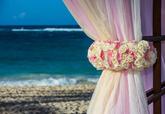 Destination wedding at tropical resort Royalty Free Stock Photos