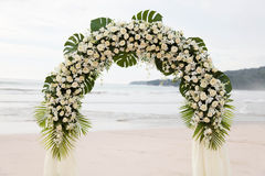 Destinationsbröllop på stranden. Royaltyfri Bild