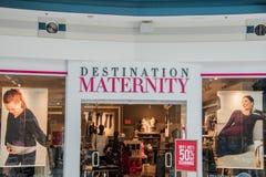Destinationsmoderskaplager i Liberty Place Mall fotografering för bildbyråer
