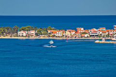 Destinazione turistica della penisola di Zadar e mare blu Fotografie Stock Libere da Diritti