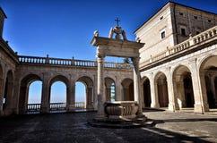 Destino de la abadía de Montecassino, religioso e histórico en Cassino Italia Imagenes de archivo