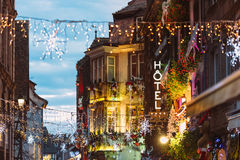 Destino de neón del viaje de la muestra del hotel de la Navidad de lujo Imagenes de archivo