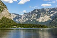 Destino do turista - o panorama de Hallstatter considera imagem de stock