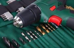Destornillador y pedazos sin cuerda Imagen de archivo