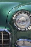Destra d'annata Front Grill dell'automobile e faro immagini stock