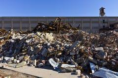 Destrozo automotriz urbano XV - fábrica automotriz abandonada Fotografía de archivo libre de regalías