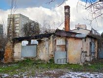 Destruição, casa do wrack e construção nova Foto de Stock Royalty Free