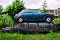 Destruição do carro antigo fotos de stock royalty free