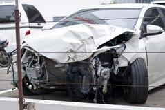 Destruição do carro de um impacto Imagem de Stock