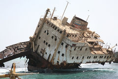 Destruição do navio no Mar Vermelho fotos de stock royalty free