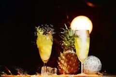 Destruição do vidro de Champagne imagem de stock royalty free