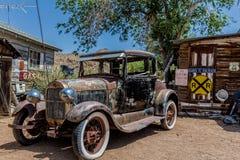 Destruição velha do carro na loja geral da agreira Foto de Stock Royalty Free