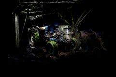 Destruição velha do trator de Lightpainting Imagem de Stock