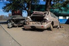 Destruições completamente demulidas do carro do acidente após a colisão, Zambi Fotos de Stock