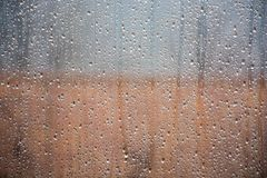 Deszcz krople nad okno fotografia royalty free