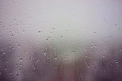 Deszczowy dzień na okno zdjęcie stock