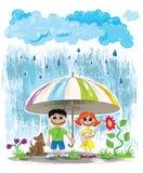 Deszczowych dni dzieciaki z zwierzętami domowymi chuje pod parasolową tapetową pocztówką Fotografia Royalty Free