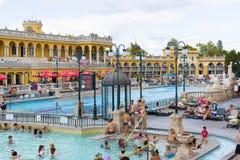 Det äldsta Szechenyi medicinska badet är det största medicinska badet i Europa Arkivbilder