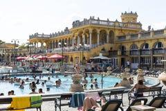 Det äldsta Szechenyi medicinska badet är det största medicinska badet i Europa Arkivbild