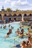 Det äldsta Szechenyi medicinska badet är det största medicinska badet i Europa Fotografering för Bildbyråer