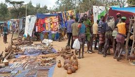 Afrikanen marknadsför Arkivbild