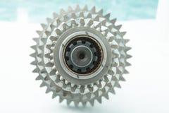 Det använda kugghjulet för byter ut i bilmotor Fotografering för Bildbyråer