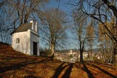 Det barocka kapellet av Mountet of Olives, KaÅ ¡ perské Hory, Å-umava royaltyfria bilder