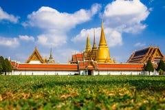 Det beautyful av Wat Phra kaew Royaltyfri Foto