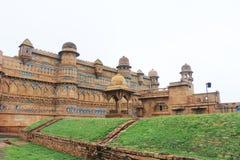 Det bedöva Gwalior för 8th-århundrade fortet Madhya Pradesh Indien Royaltyfri Bild