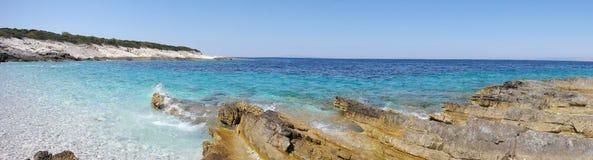 Det blåa Adriatiskt havet Royaltyfria Foton