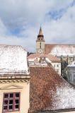 Det Brasov för svart kyrkatorn landskapet Royaltyfria Bilder