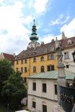 Det Bratislava hagelet konstrueras på lutningar av Carpathiansna, den utmärkta sikten av dalen av Donauen öppnar härifrån arkivbild