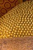 det buddistiska guld- tempelet textures thailand Royaltyfria Bilder
