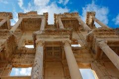 Det Celsus arkivet av Ephesus den forntida staden Arkivfoto