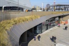 Det CityLife shoppingområdet som öppnas i Oktober 2017, är en shoppingmitt med 100 shoppar i det Tre Torri området Arkivbilder