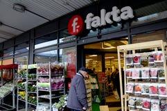 DET DANSKA FAKTA-MATLAGRET OCH NÅGON ANNAT ÄR STÄNGDA FÖR PÅSKHOL Arkivfoto