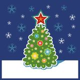 Det dekorerade trädet för nytt år royaltyfri illustrationer