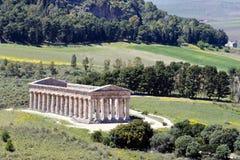 Det Doric tempelet av Segesta Royaltyfria Bilder