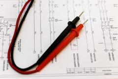 Det elektriska diagrammet, felsöker. Royaltyfri Foto